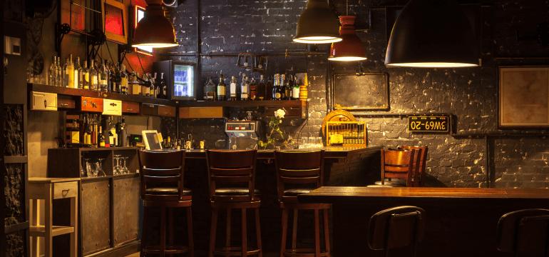 bar-table-setting